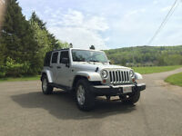 2007 Jeep Wrangler Unlimited (silver) with Hard/Soft Tops