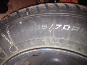 4 winter tires and rims $350 --- 205/70 R15 GoodYear Ultra Grip West Island Greater Montréal image 2