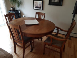 Solid Oak Antique Dining Room Set