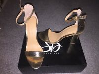 BNIB gold chunky heel barely there sandals size 5