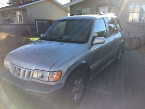 2003 Kia Sportage 4WD ready for winter! Low Kms!