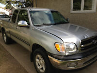 2002 Toyota Tundra Pickup Truck Low mileage excellent condition