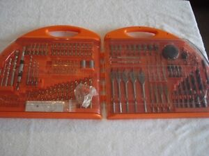 Black and Decker 126 Piece Fold Out Accessory Set