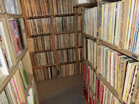 Collection of 161 vinyl records: French-Quebec western
