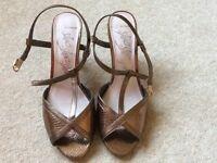 Ladies summer shoes size 6 copper