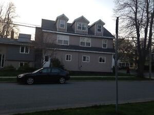 3 bedroom flat on mature quiet neighbourhood in Central Halifax