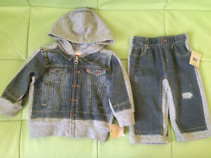 Brand new, with tags Levi's 2 piece outfit. Size 3-6 months