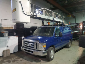 Ford e350 nacelle / bucket truck