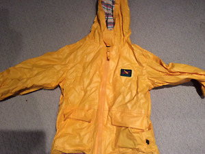 Yellow Rain coat ONLY 2$ Size 5
