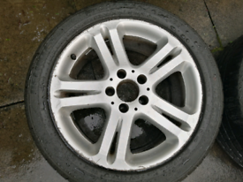 Mercedes Benz 17 '' inch Alloy Wheels 5 spoke Good Condition with Tyre