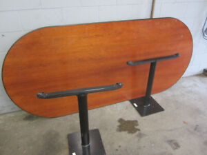 Conference  / Lunch room Table office Desk Excellent condition