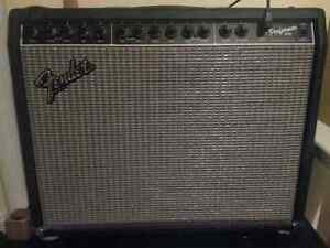 Fender Performer 1000 with foot switch