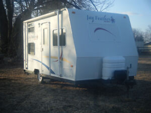 2004 Jay Feather Trailer