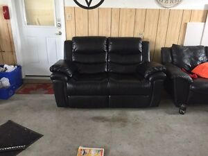 Bonded leather recliner love seat