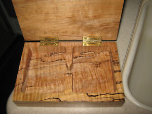 Wood Carved Keepsake Playing Card Box Strathcona County Edmonton Area image 2