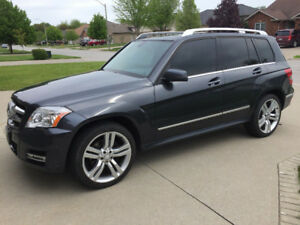 2011 Mercedes Benz GLK350 WINDSOR CAR
