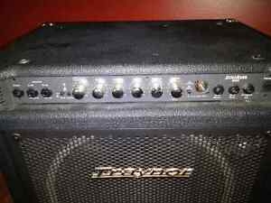 Bass Amp Combo Traynor DynaBass 200 West Island Greater Montréal image 2