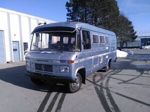 Mercedes 508d 20' camper/toy hauler/food truck project, diesel