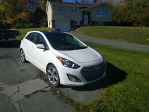 Estate sale, Must sell!! 2013 Elantra  with only 63651 KM!
