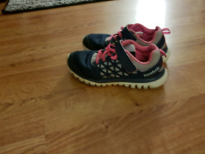 Sneakers girls size 1