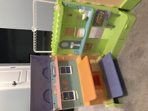 Learning Curve Doll House
