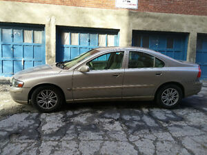 Volvo S60 Excellent condition w/ CarProof.
