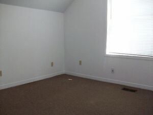 RARE VACANCY!Trent 4BD INCLUSIVE APT ONLY $464ea Avail May Peterborough Peterborough Area image 6