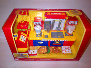 Collectors McDonald's Fast Food Center Electronic Playset UNOPEN