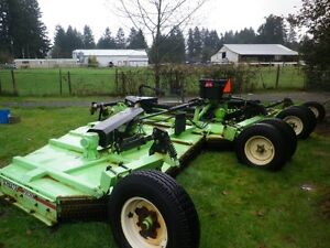 SCHULTE 27' BATWING MOWER IN EXCELLENT CONDITION