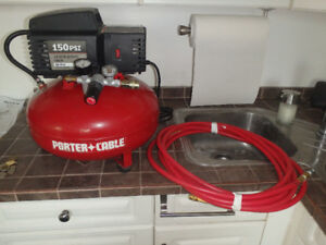 Air compressor Porter Cable pancake - 150psi, 3.5 gallon