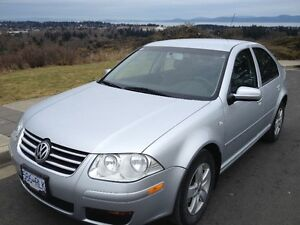 2008 Volkswagen Jetta city Sedan-very low kms