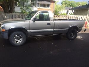 2000 Silverado 4x4 trade for enduro/ enclosed trailer
