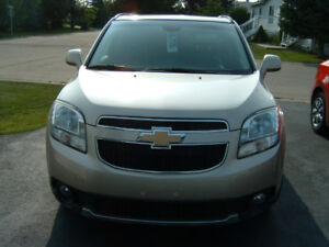 2012 Chevrolet Orlando Beige/Chrome Trim SUV,