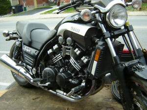 2006 VMAX 1200cc  trade for best tool box
