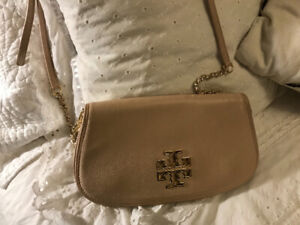 13b012d0e18 Tory Burch Clutch