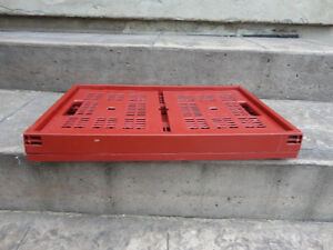 Red sturdy Collapsible Storage Crate -- In Excellent Shape Kitchener / Waterloo Kitchener Area image 3