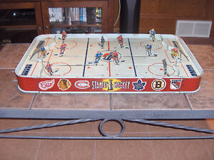 RARE VINTAGE 1956 STANLEY CUP PRO TIN TABLE TOP HOCKEY GAME