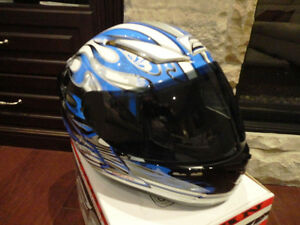 Zoan Revenge Helmet Size XS Blue Flame w/4 Visors Incl.Brand New Kitchener / Waterloo Kitchener Area image 10