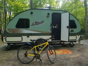 R-POD TRAVEL TRAILER AVAILABLE FOR RENT