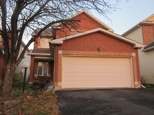 Spacious 3 Bedroom House in Barrhaven