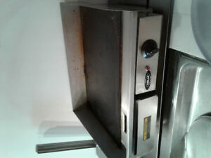 Nella flat top grill in good working condition