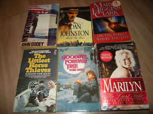 Box of 19 pocket books (Garage sale) West Island Greater Montréal image 2