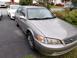 2000 Camry looking for love