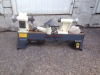 Lathe Axminster very good condition