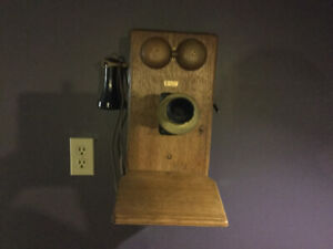 Antique Working Wall Telephone