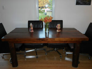 Table style rustique pour salle diner for Mobilier salle a diner