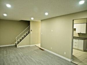 Newly Renovated 2+1 Bedroom Townhouse Cambridge Kitchener Area image 4