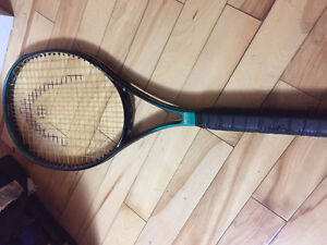 TENNIS RACQUET HEAD WITH COVER