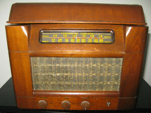 Stromberg Carlson 1950 Antique Radio