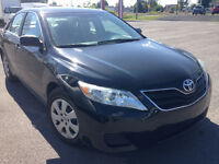 2011 Toyota Camry LE Berline 7000$